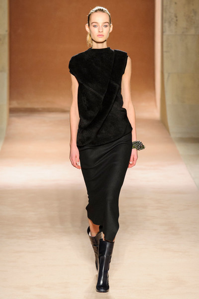 Показ Victoria Beckham на Неделе моды в Нью-Йорке | галерея [1] фото [6]