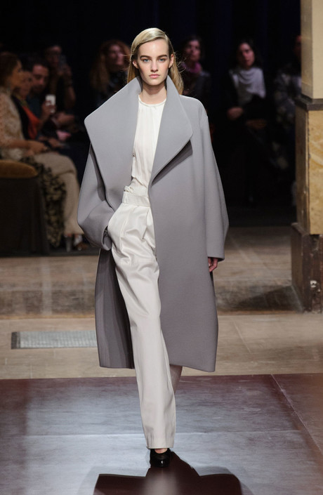 показ hermès на неделе моды в париже