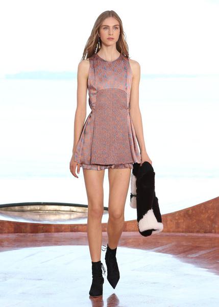 Показ круизной коллекции Dior в Каннах | галерея [1] фото [16]