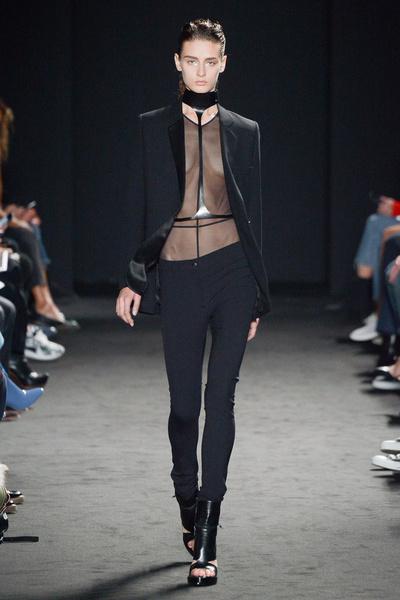 Неделя моды в Париже: день третий | галерея [2] фото [2]