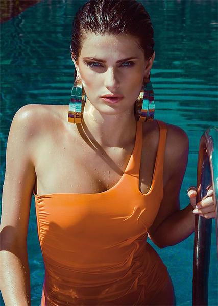 Изабели Фонтана в рекламной кампании Morena Rosa Beach