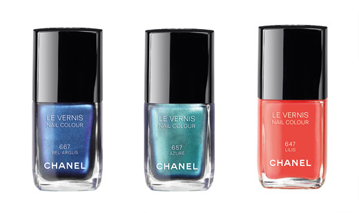 Лак для ногтей из летней коллекции Chanel