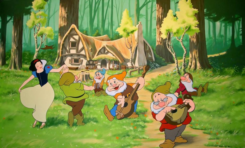 Домик гномов из мультфильма «Белоснежка и семь гномов»