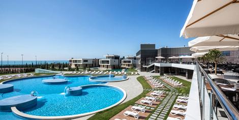 На своем берегу: лучшие отели на Черном море | галерея [1] фото [5]
