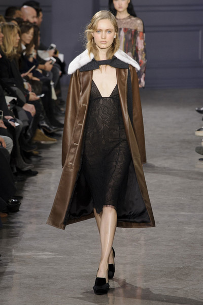 Самые красивые образы Недели моды в Нью-Йорке | галерея [1] фото [28]