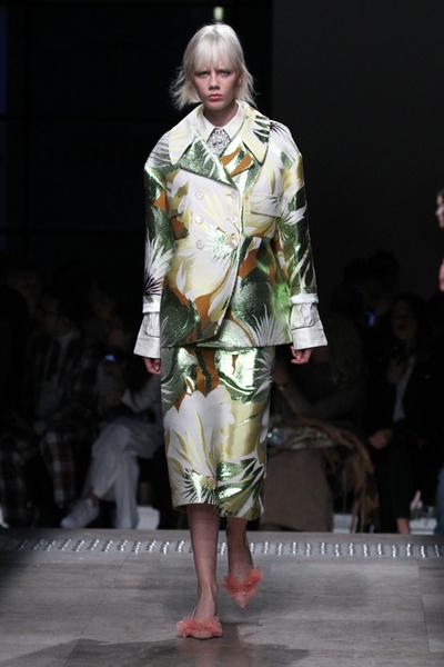 Неделя моды в Париже 2015: день второй | галерея [3] фото [9]