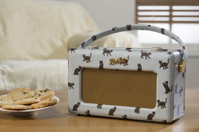 Радиоприемник, ретро, дизайн, Roberts Radio