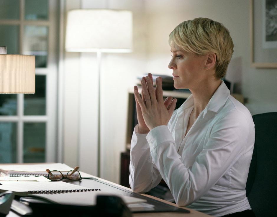 Робин Райт в сериале «Карточный домик»