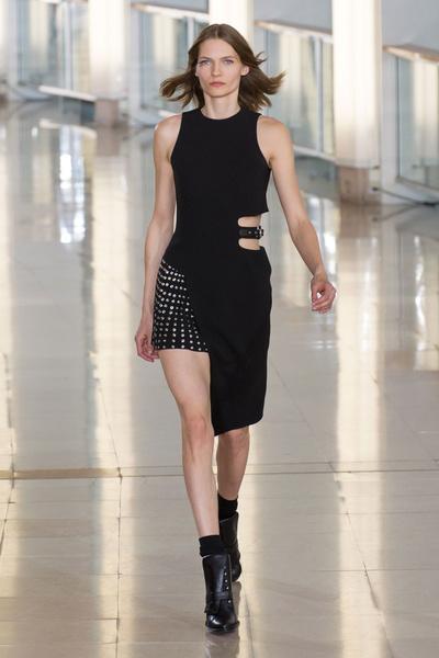 Показ Anthony Vaccarello на Неделе моды в Париже | галерея [2] фото [27]