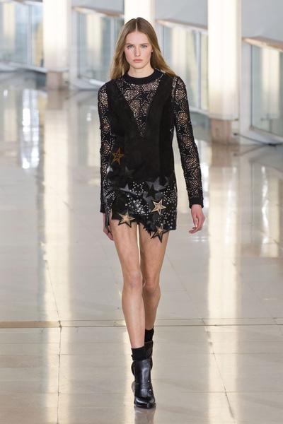 Показ Anthony Vaccarello на Неделе моды в Париже | галерея [2] фото [20]