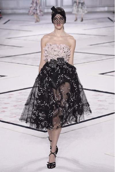 Показ Giambattista Valli Haute Couture | галерея [1] фото [7]
