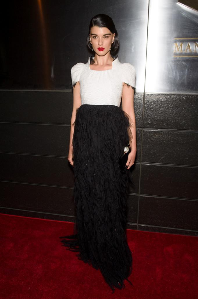 Кристал Ренн в Chanel