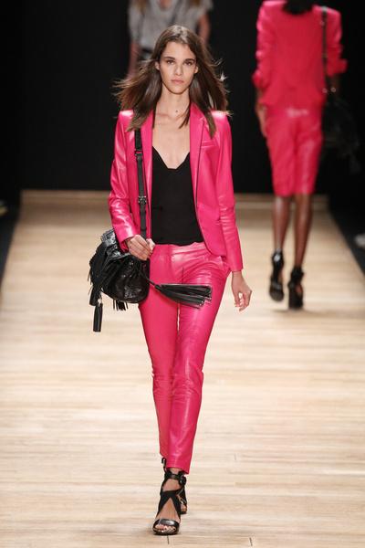 Неделя моды в Париже: день третий | галерея [5] фото [9]