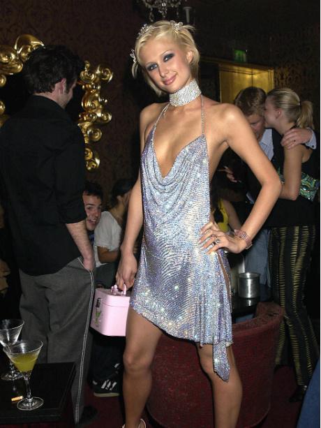 Пэрис Хилтон, 2002 год