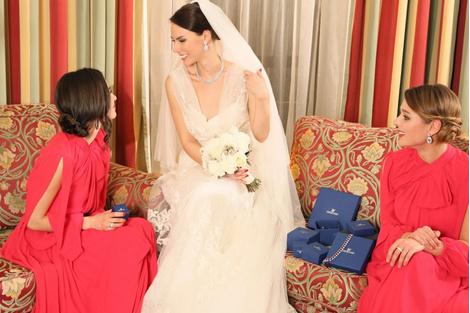 Бренд SWAROVSKI запускает проект «Дневники невесты