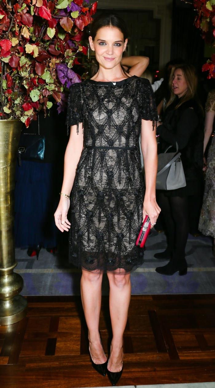 Черное кружевное платье от Marchesa