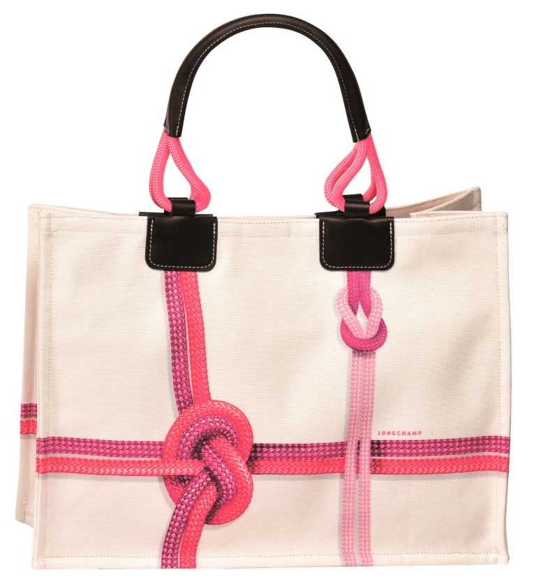 Бренд Longchamp выпустил коллекцию сумок Surf & The City