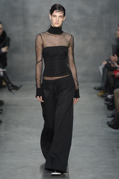 Самые роскошные вечерние платья Недели моды в Нью-Йорке | галерея [4] фото [7]