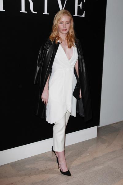 Энергия цвета: показ Armani Privé на Неделе Высокой Моды в Париже | галерея [1] фото [6]