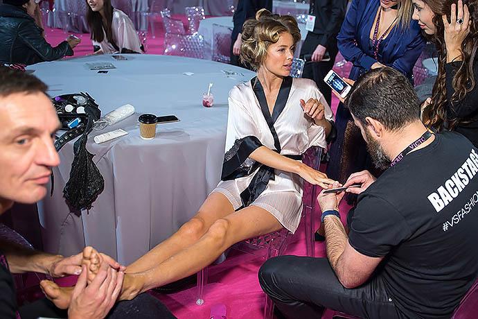 Переполох в раю: скандалы и интриги юбилейного шоу Victoria's Secret