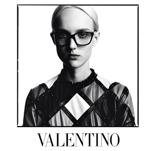 Одежда от Valentino