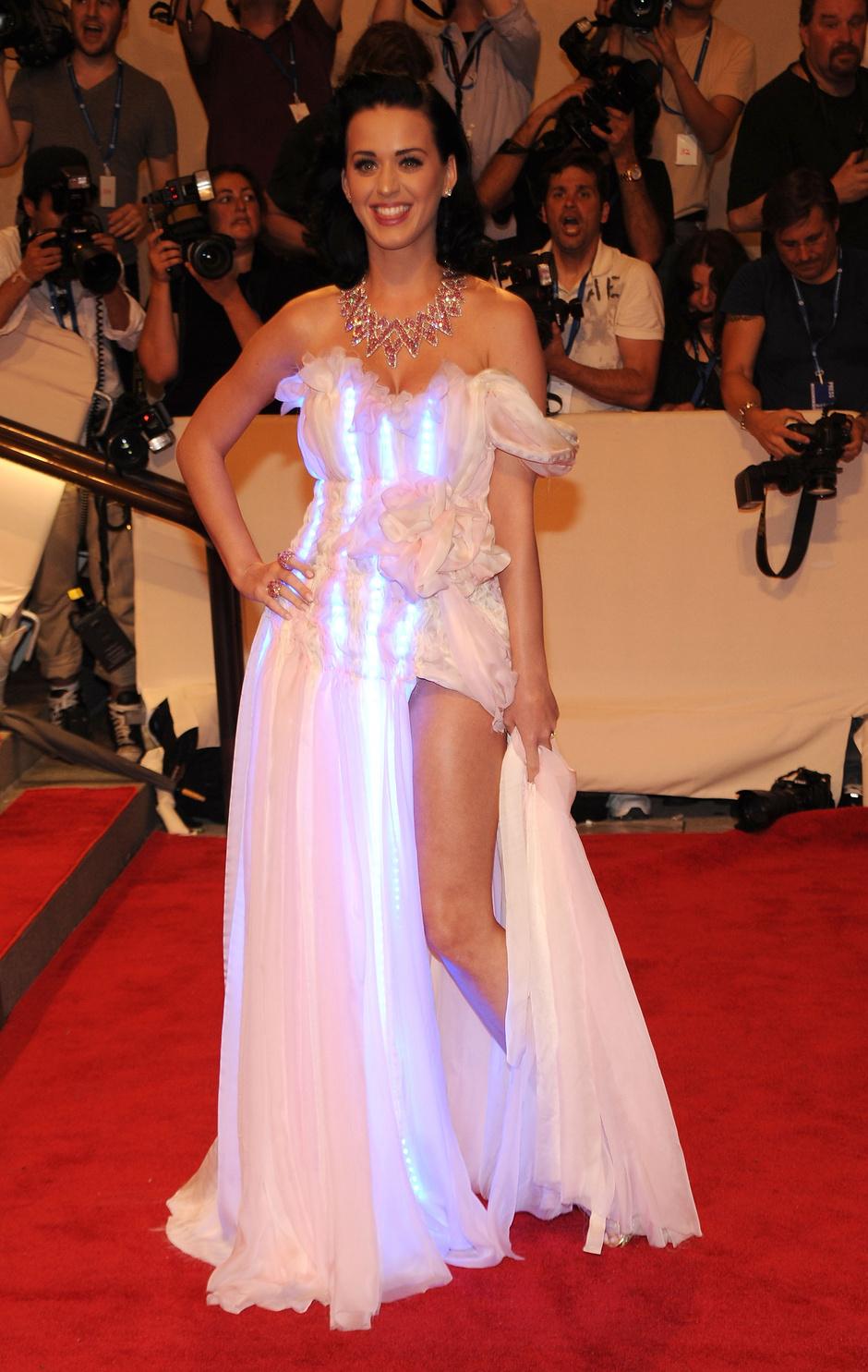 Кэти Перри, 2010 год