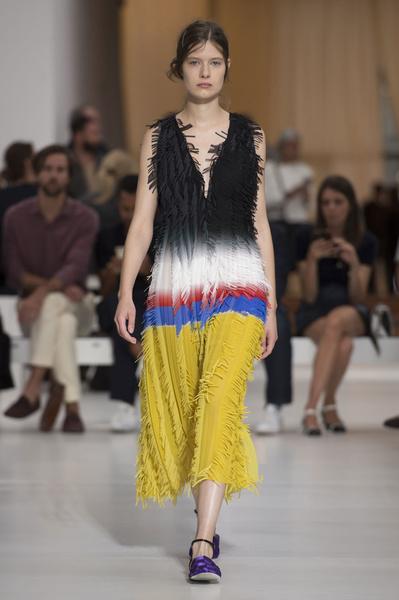 50 лучших платьев Недели моды в Милане | галерея [1] фото [22]