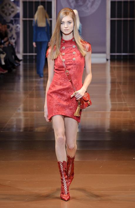 Коллекция Versace на Неделе моды в Милане