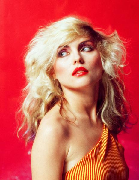 Тренд налицо: звездные блондинки с контрастными темными бровями | галерея [1] фото [13]