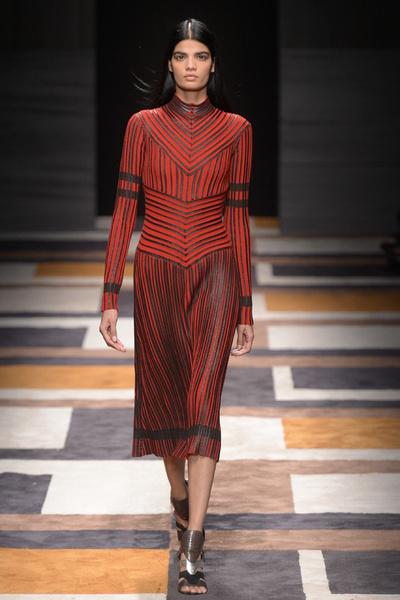 Неделя моды в Милане: 1 марта | галерея [2] фото [10]
