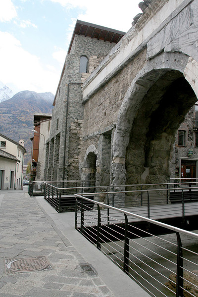 Итальянские Альпы: 10 главных достопримечательностей долины Аосты | галерея [1] фото [2]