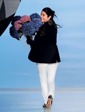 Вероника Этро в финале своего миланского шоу