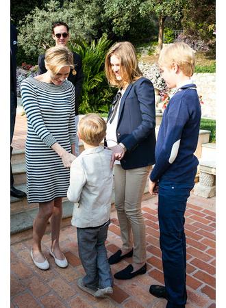 Княгиня Шарлен и Наталья Водянова с сыновьями