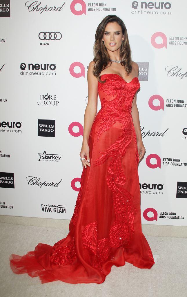 Алессандра Амбросио в Atelier Versace