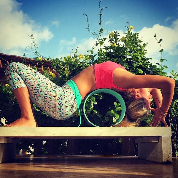ВСТАЛА В ПОЗУ: 7 мотивирующих йога-аккаунтов | галерея [5] фото [4]