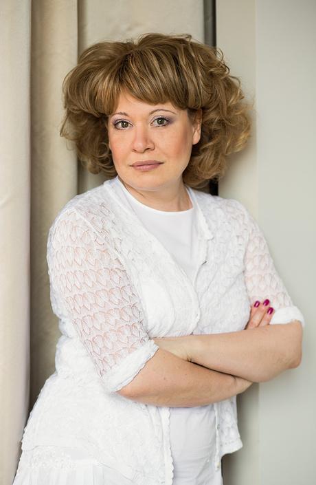 Тина Камчатнова