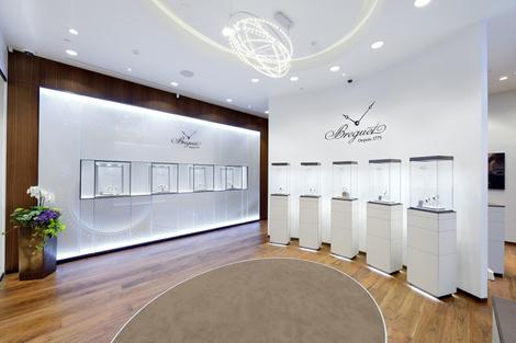 Часовой дом Breguet открывает бутик в Галереях «Времена Года» | галерея [1] фото [4]