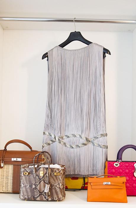 Платье, Azzaro; сумки, Hermès, Dior