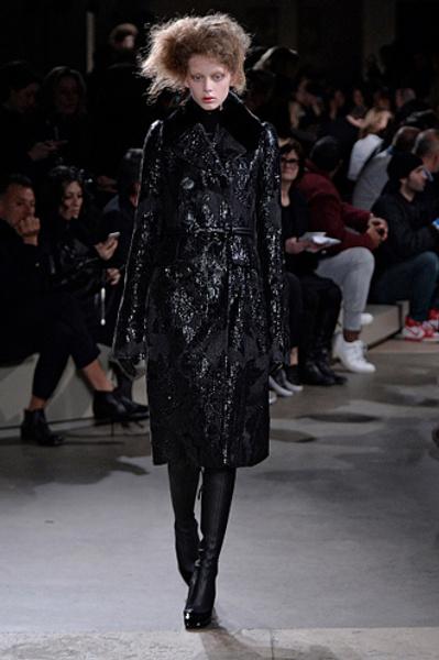 Неделя моды в Париже: показы Alexander McQueen и Paul & Joe ready-to-wear осень — зима 2015-2016 | галерея [1] фото [1]