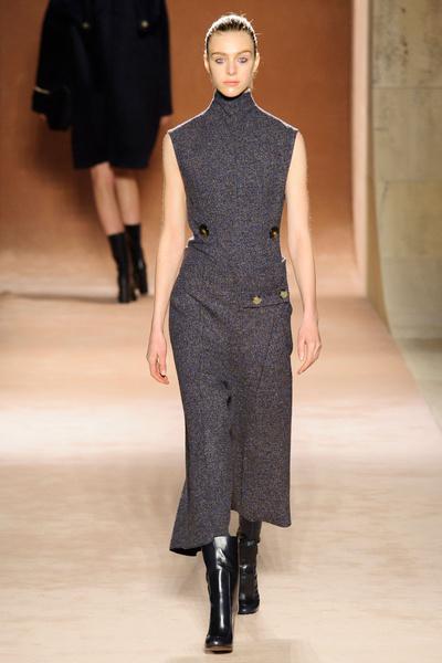 Показ Victoria Beckham на Неделе моды в Нью-Йорке | галерея [1] фото [28]