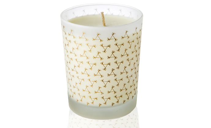 Revive Candle with Grapefruit and Petitgrain от Aromatherapy Associates