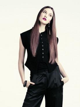 Карли Клосс в лукбуке осенней коллекции H&M