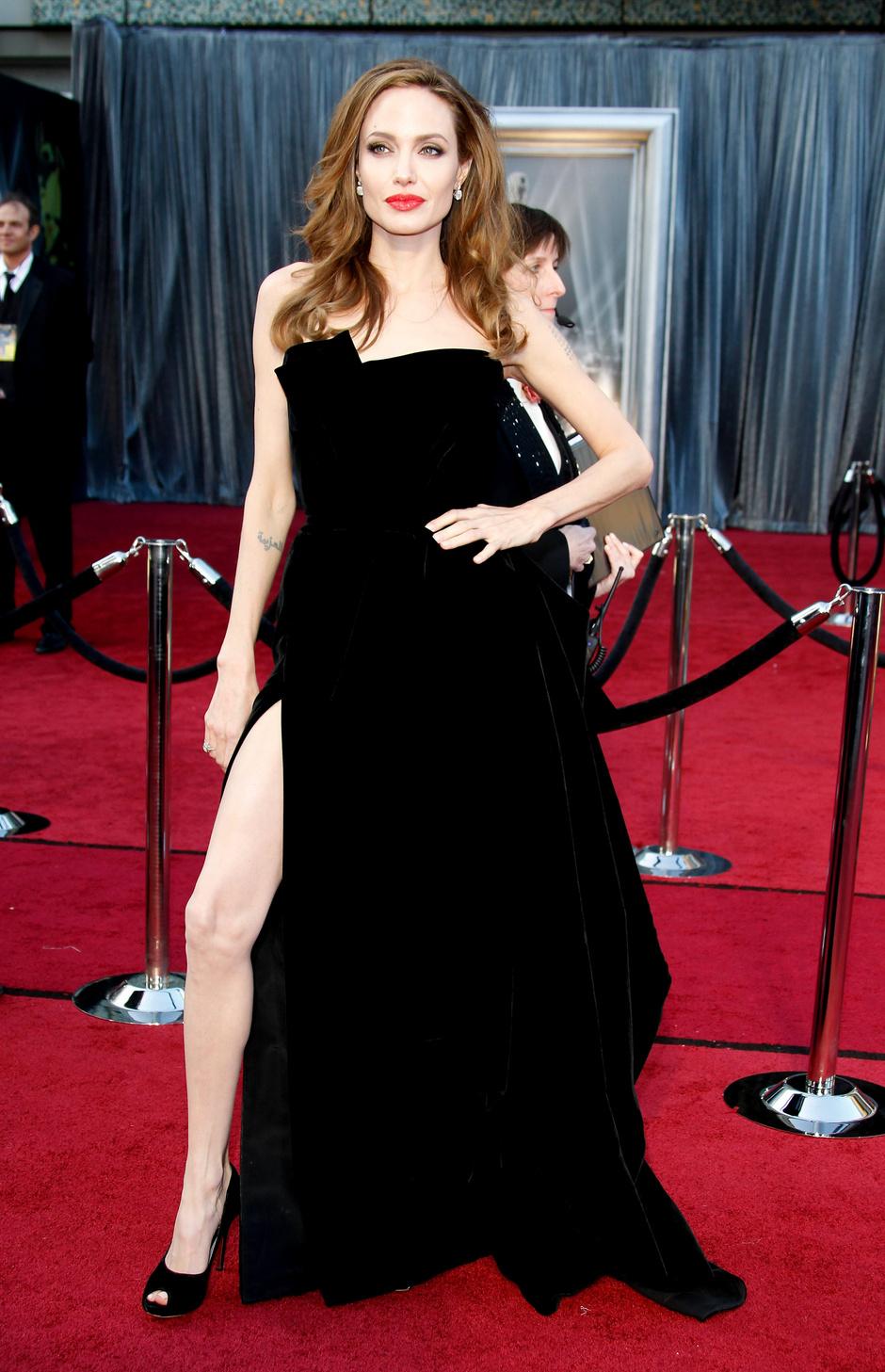 "Анджелина Джоли на церемонии ""Оскар""-2012"