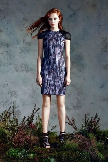 Модные платья с принтом: фото