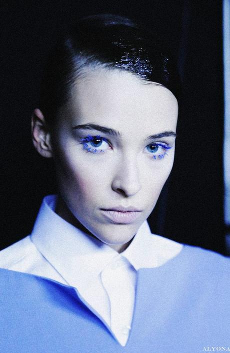 Виктория Андреянова: глаза в стиле электрик
