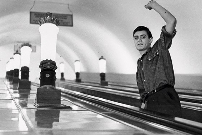 """Кадр из фильма """"Я шагаю по Москве"""" (1963 год)."""