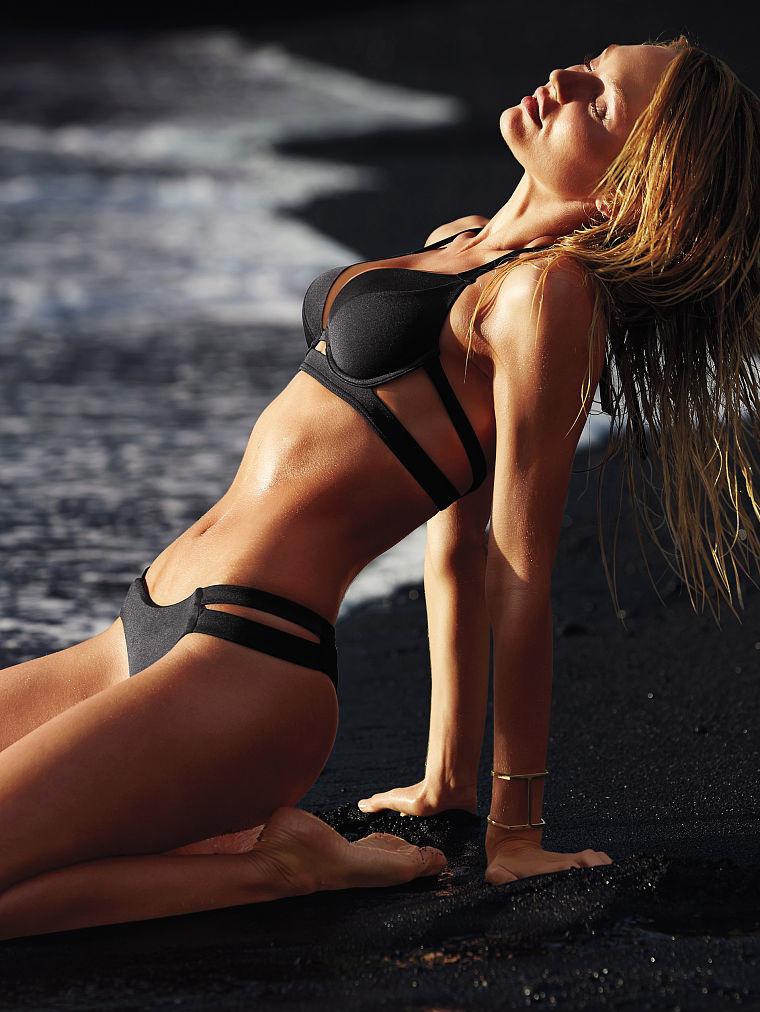 Модные купальники: фото