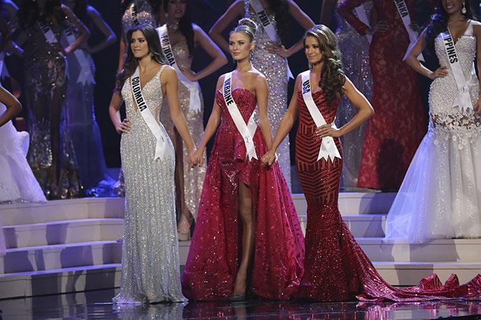 Паулина Вега (Колумбия), Диана Гаркуша (Украина) и Ниа Санчес (США)