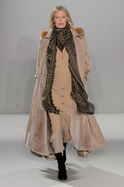 Неделя моды в Лондоне: 22 февраля | галерея [2] фото [18]
