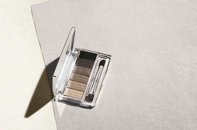Палитра для макияжа глаз Eye Reviver от Dior